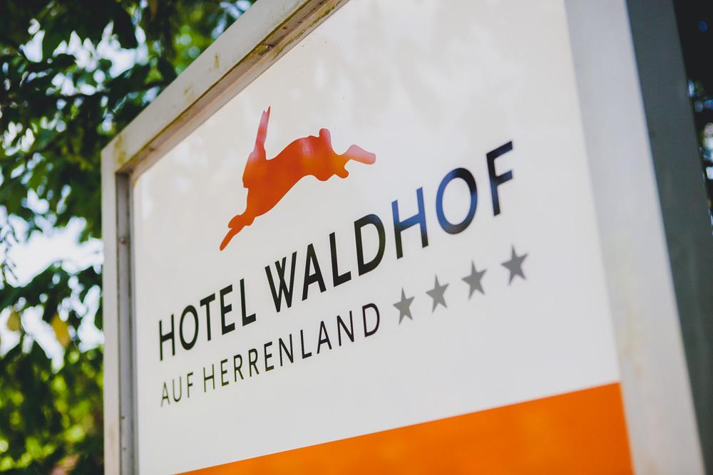 Hochzeit-Waldhof-auf-Herrenland-01